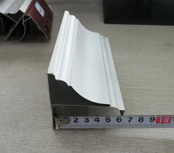 鑫爱博体育官网铝制边角线-12